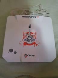 Vídeo Game Mega Drive 4 (Só Console) Com 50 Jogos na memória e entrada para Micro SD