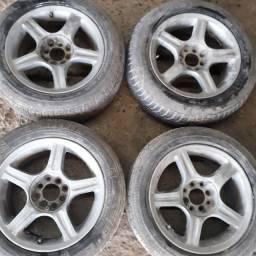 Rodas de liga 15 multi-furos com pneus