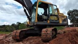 Escavadeira Volvo EC 210BT