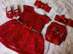 kit vestido nenê luxo veste do RN aos 6 meses Tam UN.