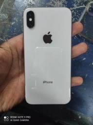 Vendo iphone X  ou troco por 8plus !!semi novo possui caixa carregador
