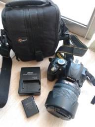 Câmera Nikon d3100 + lente 18-105