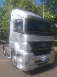 Vendo caminhão Mercedez Benz