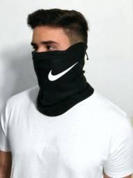 Máscara Snood Nike Balaclava Regulável