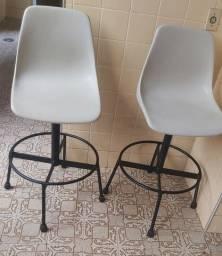 Vendo par de cadeiras giratórias