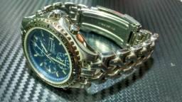Em Atibaia - Seiko Cronografo SQ100 - 7T32-6G20 - Fundo azul - Colecionador