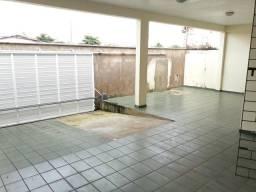 Casa no Bequimão com 3 qtos 3 vagas p/carros | ótima localização