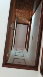Aluga-se apto semi mobiliado 3 quartos