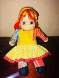 Boneca Emília caçulinha