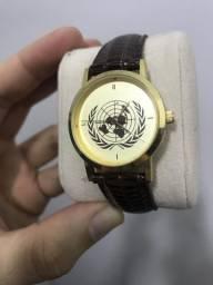 e6d997a7a17 Relógio ONU suíço