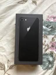 IPhone 8 64GB sem marcas sem defeito, aceito cartão de 10X