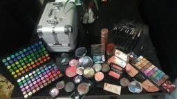 Maleta de maquiagem Contem 1G cheia