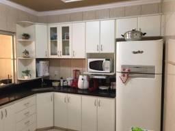 Apartamento Bairro Vila Celeste, 3 Qts/suíte. Área gourmet. Valor 220 Mil
