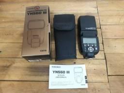 Flash Yongnuo YN560 III Original Semi novo para Câmeras