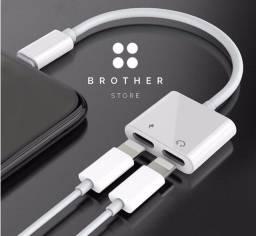 Adaptador Duplo para iPhone - Carregador + Fone