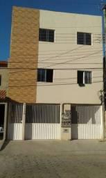 Apto dois quartos, sala, cozinha, área de serviço no bairro shell, R$650,00