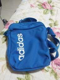 Bolsa adidas, estilo bag