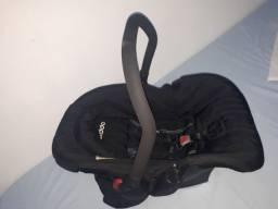 Vendo Bebê Conforto marca Kiddo
