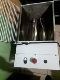 Maquina de solvar pão 25kg