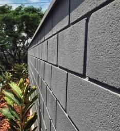 Procuro pedreiro muro bloco frisado