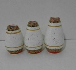 Vasos decorativos de cerâmica feito artesanalmente