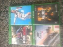Jogos Xbox one semi novos comprar usado  Araçoiaba da Serra