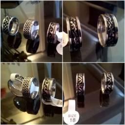 Lote anéis em aço cirúrgico