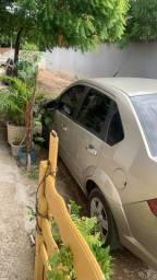 Fiesta sedan 1.6 2010