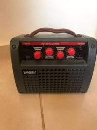 Amplificador (cubo) yamaha va-5