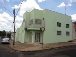 Aluga-se barracão 130 m² no Jardim Boa Esperança