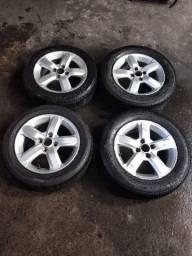 Aro 15 rodas com pneus Honda new Fit e city