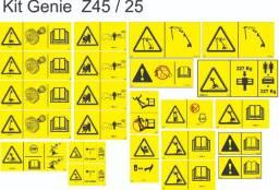 Adesivos de segurança para plataforma Genie Z45/25