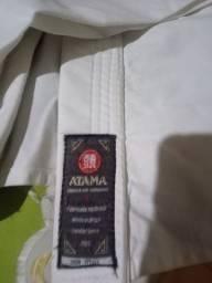 Vendo 3 conjuntos de kimono