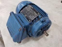Motor WEG trifásico 1/4 CV 220/380V 4 polos