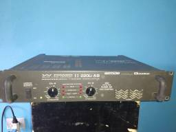 Amplificador ciclotron w Power 2200