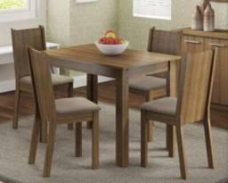 Mesa retangular 1,00 x 68 com 4 cadeiras Madesa