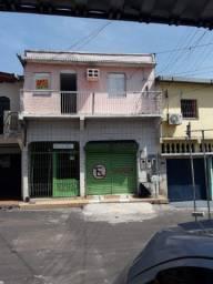 Aluga-se uma casa na Compensa Rua Osubaldo Orico antiga Santos Dumont