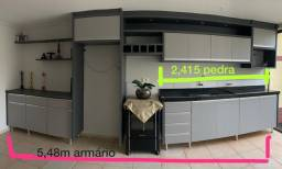 Cozinha Planejada com Granito + Painel de TV