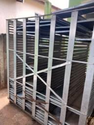 Carrinho inox com 170 formas aço galvanizado