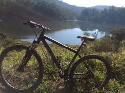 Bike first aro 29 tamanho 19