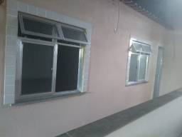Aluga-se casa próximo supermercado Guanaba