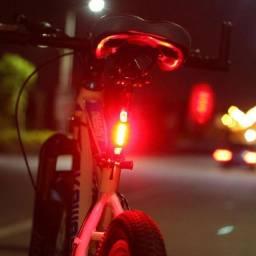 Lanterna Traseira Bike Carregamento Usb 5 Leds 4 Modos Luz