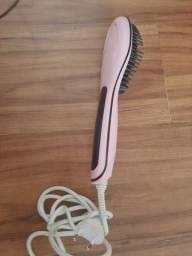 Escova de cabelo semi nova
