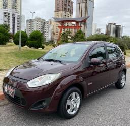 Ford Fiesta 2011 1.6 Completo - Baixo KM