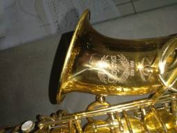 Saxofone Alto Hofma HSA 400 + Boquilha Yamanha 7C