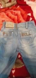 Calças jeans da Pitbull