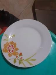 8 pratos sobremesas em troca de comida