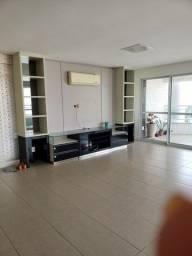Alugo apartamento com 250m // 4 suítes