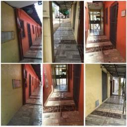Alugo Casa 01 Quarto no Bairro do Antônio Bezerra.