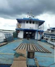 Ferryboat pronta pra trabalhar